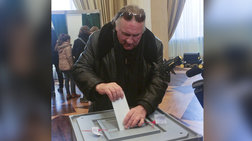Ο Ζεράρ Ντεπαρντιέ ψήφισε Πούτιν στις προεδρικές εκλογές
