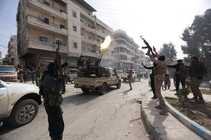 Βανδαλισμοί στο Αφρίν,έριξαν άγαλμα που συνδέεται με την κουρδική παράδοση