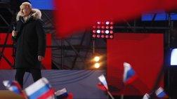 Mέχρι το 2024 στο Κρεμλίνο ο Πούτιν - Ανετη νίκη στις εκλογές
