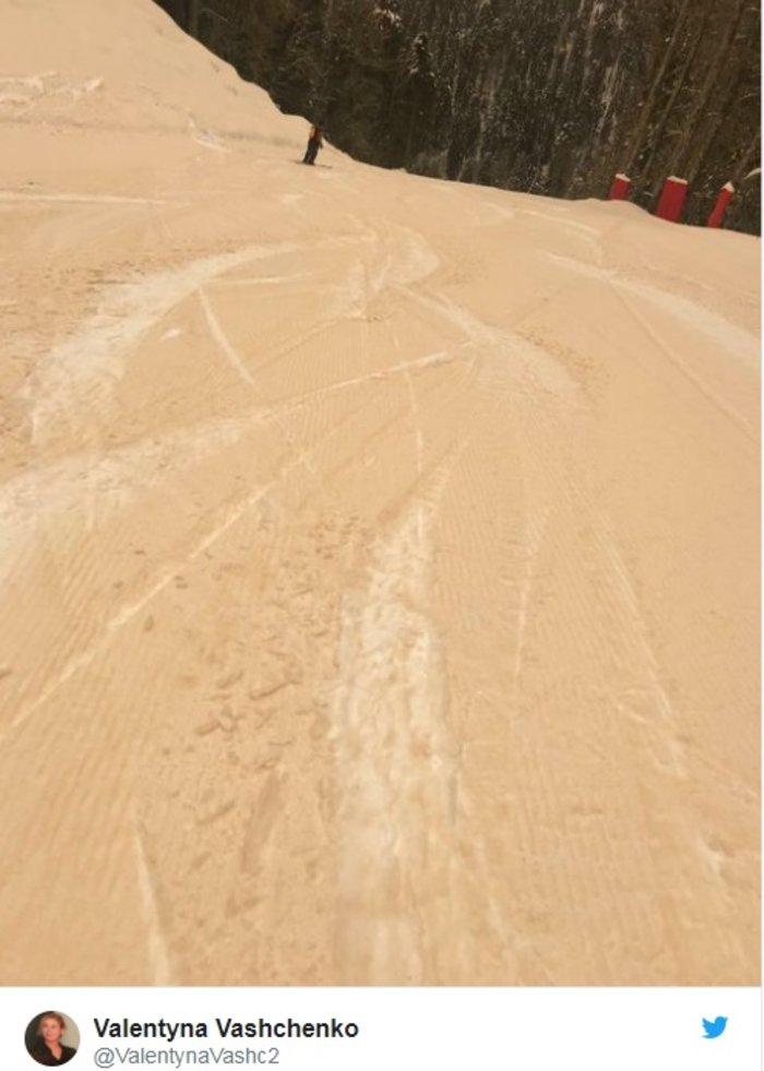 Η σκόνη από τη Σαχάρα μετέτρεψε την ανατολική Ευρώπη σε... Άρη - εικόνα 2