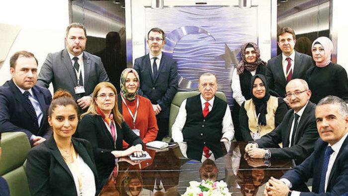 Ο Ερντογάν με τους Τούρκους δημοσιογράφους