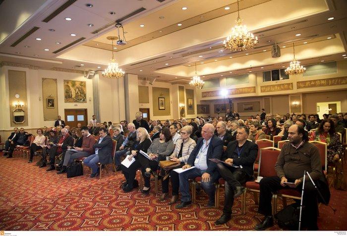 Παραδοχή Αχτσιόγλου: Δίκαιη ανάπτυξη με 586 ευρώ δεν γίνεται - εικόνα 2