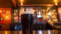 m-paraskeui-me-alkool-stis-irish-pubs-gia-prwti-fora-meta-apo-90-xronia