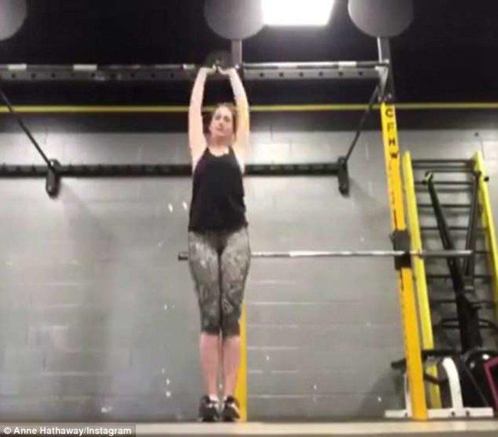 Η Αν Χάθαγουέι έχει πάρει κιλά και απαντά στους... επικριτές της - εικόνα 4