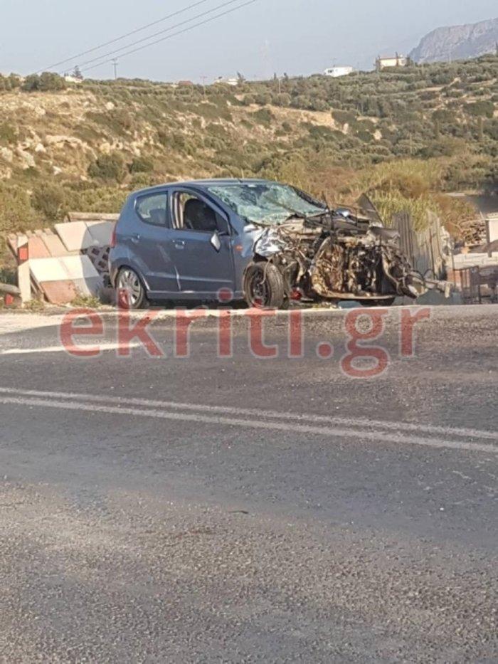 Σφοδρή σύγκρουση ΙΧ με τραυματίες Κρήτη - Ανάμεσά τους δύο παιδιά (φωτό) - εικόνα 2