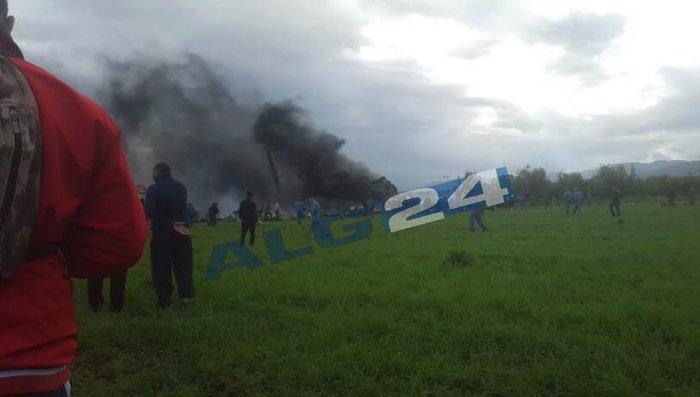 Εκατόμβη νεκρών από την συντριβή στρατιωτικού αεροσκάφους στην Αλγερία - εικόνα 2