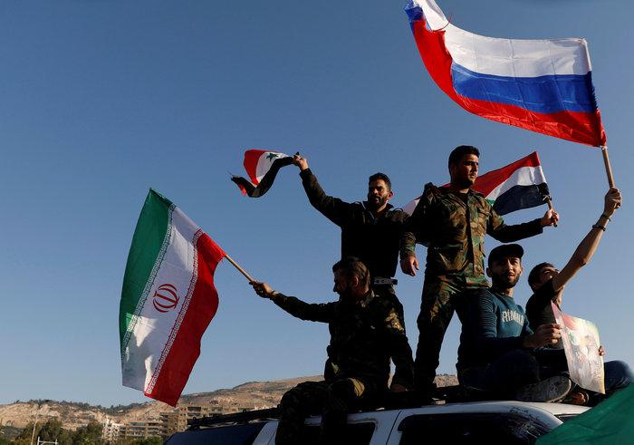 Ο Άσαντ απάντησε με ...βίντεο, συγκεντρώσεις στη Δαμασκό