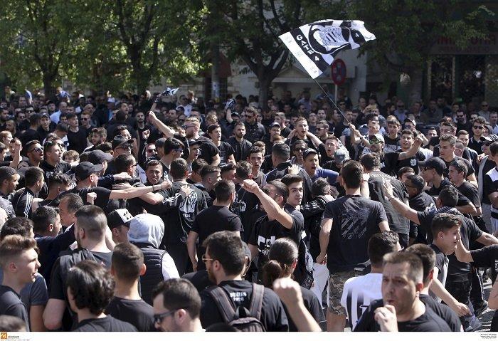 Συλλαλητήριο των οπαδών του ΠΑΟΚ στη Θεσσαλονίκη (φωτό)
