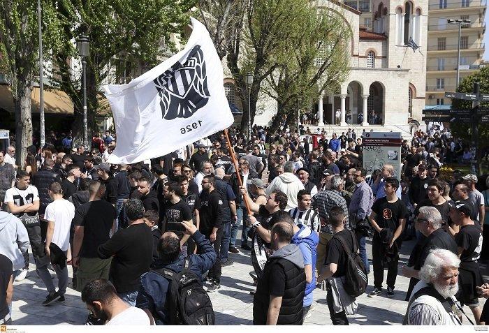 Συλλαλητήριο των οπαδών του ΠΑΟΚ στη Θεσσαλονίκη (φωτό) - εικόνα 2
