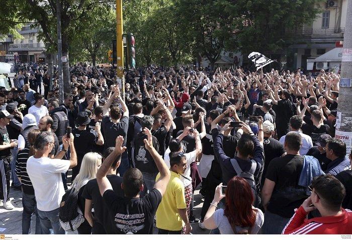 Συλλαλητήριο των οπαδών του ΠΑΟΚ στη Θεσσαλονίκη (φωτό) - εικόνα 3