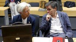 Νέα ψυχρολουσία από το ΔΝΤ: Κατεβαίνει ο πήχης της ανάπτυξης