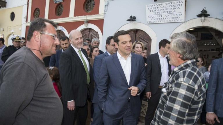 i-podosfairiki-suzitisi-tsipra-me-aektzi-psara-sto-kastelorizo