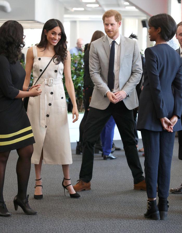 Γιατί η Κέιτ Μίντλετον δεν θα φορούσε ποτέ το ριγέ φόρεμα της Μαρκλ - εικόνα 3