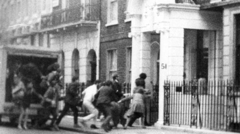 21i-apriliou-1967i-katalipsi-tis-ellinikis-presbeias-sto-londino