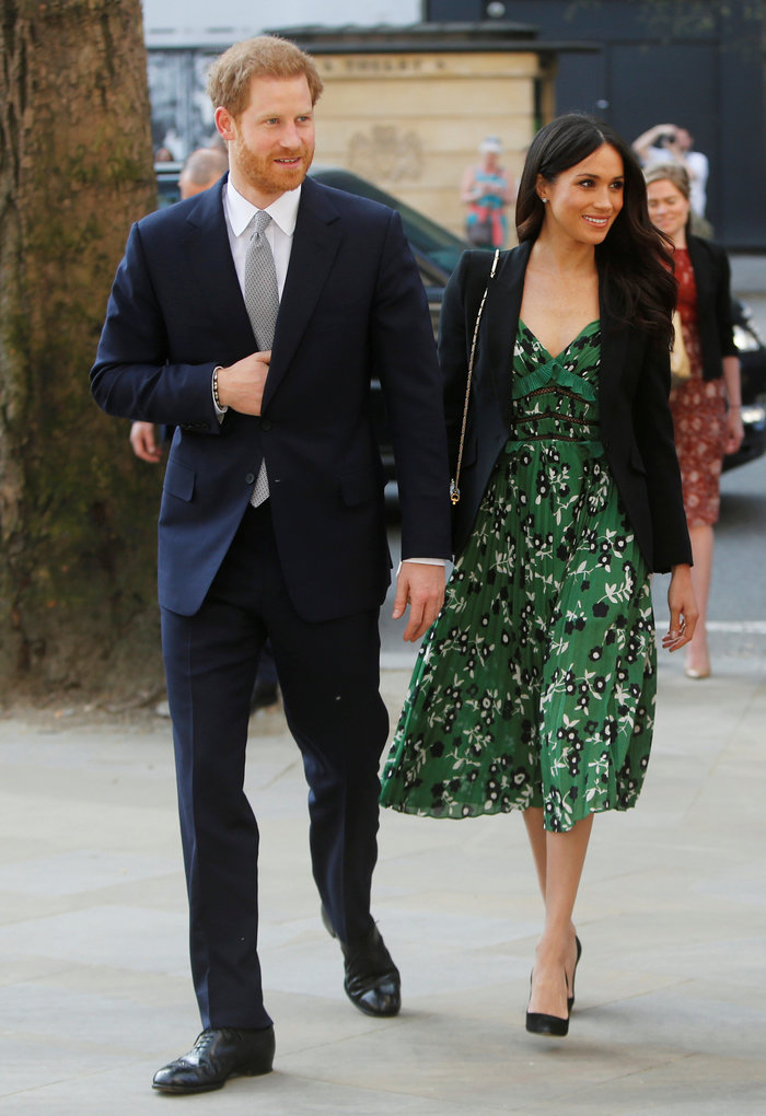 Η άνοιξη έφτασε και η Μέγκαν Μαρκλ φόρεσε το πιο όμορφο πράσινο φόρεμα