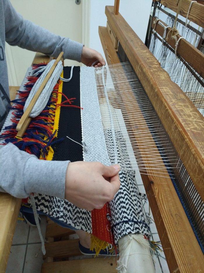 Οι αργαλειοί της Ριζαρείου στο Μονοδένδρι Ζαγορίου υφαίνουν το μέλλον - εικόνα 4