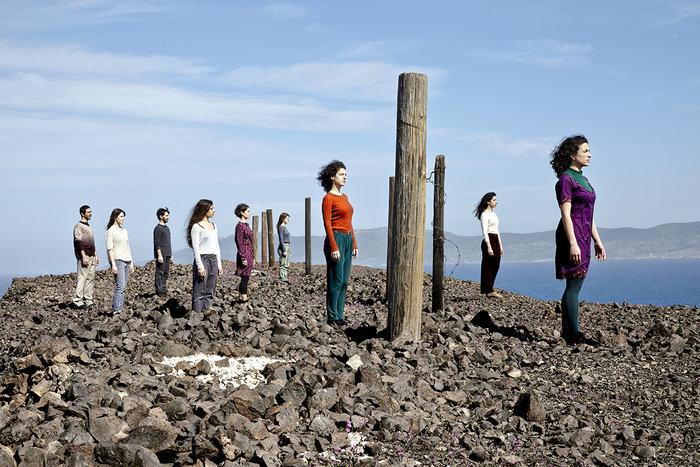 Βορεάδες, οι άνεμοι από μια ομάδα σύγχρονου χορού - εικόνα 2