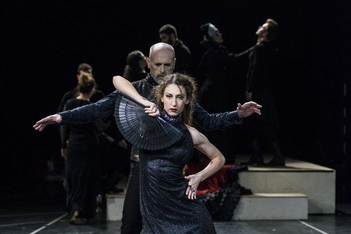 Όταν η Σαλώμη χορεύει φλαμένγκο στη σκηνή του Εθνικού
