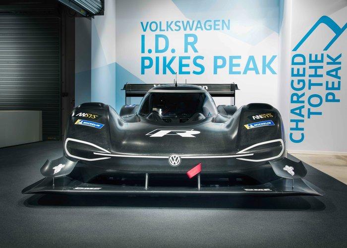 Η Volkswagen επιστρέφει -ηλεκτρικά- στο Pikes Peak - εικόνα 2