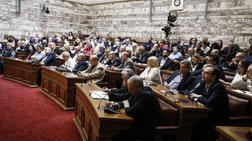 Μασάζ σε βουλευτές του ΣΥΡΙΖΑ για τη ρύθμιση για την αναδοχή