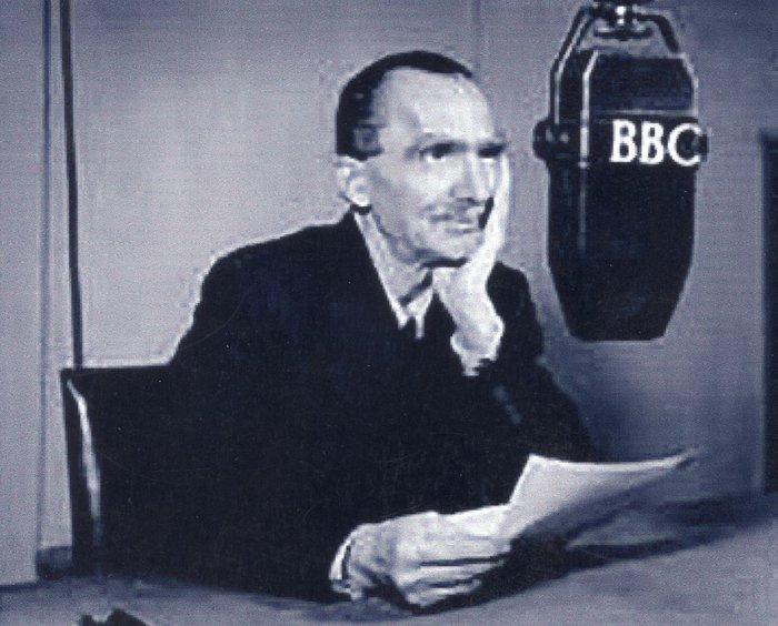 Ο Νίκος Καζαντζάκης σε συνέντευξη στο BBC. (1946)