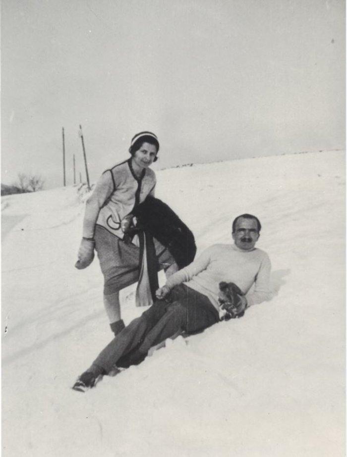 Ο Νίκος και η Ελένη Καζαντζάκη στο Gottesgab. (1932)