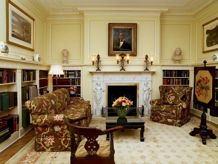 Η βιβλιοθήκη του Blair House
