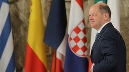 eurogroup-me-to-blemma-ston-solts-gia-xreos-kai-epomeni-mera