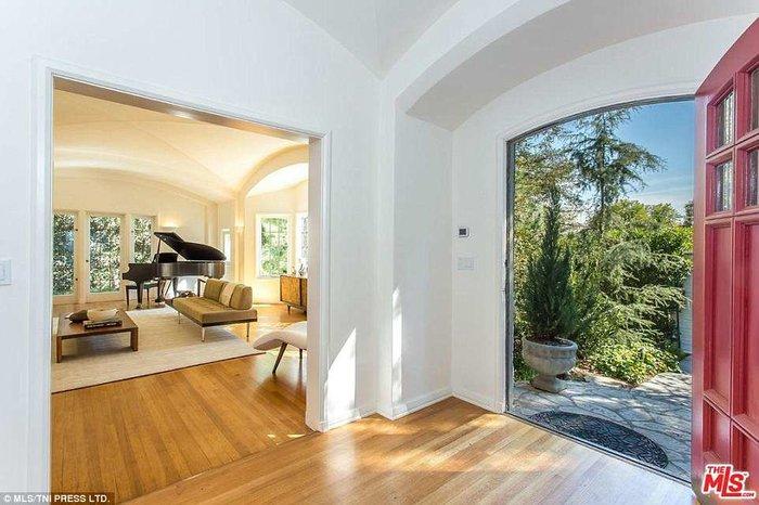Δείτε το υπερπολυτελές σπίτι του Μoby που αγόρασε ο Ντι Κάπριο για 5 εκ.$ - εικόνα 3