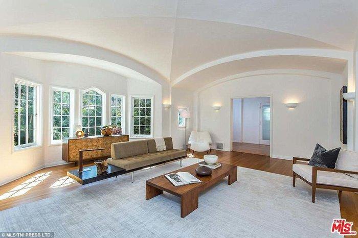 Δείτε το υπερπολυτελές σπίτι του Μoby που αγόρασε ο Ντι Κάπριο για 5 εκ.$ - εικόνα 5