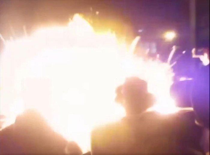 Tριάντα τραυματίες από πυροτεχνήματα στο Λονδίνο (βίντεο)