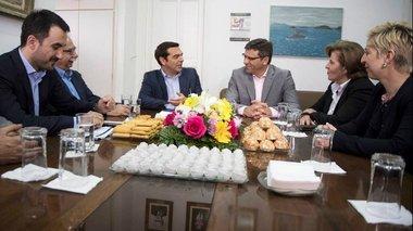 sti-limno-o-tsipras-ti-tou-xarise-o-dimarxos
