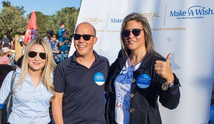 Αλεξία Μπρή Διευθύντρια Εταιρικών Σχέσεων L'Oréal Hellas, ο Mehdi Khoubbane Γενικός Διευθυντής L'Oréal Hellas και η Σάντρα Ζαφειρακοπούλου Γενική Διευθύντρια Make-A-Wish (Κάνε-Μια-Ευχή Ελλάδος)