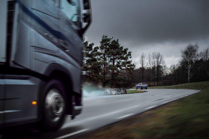 Volvo αυτοκίνητα και φορτηγά: Μία συνεργασία με στόχο την ασφάλειά σας - εικόνα 2