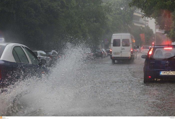 Κλειστά σχολεία αύριο στη Θεσσαλονίκη λόγω της καταιγίδας - εικόνα 11