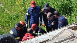 Ένας νεκρός και ένας τραυματίας σε τροχαίο στη λεωφόρο Σουνίου
