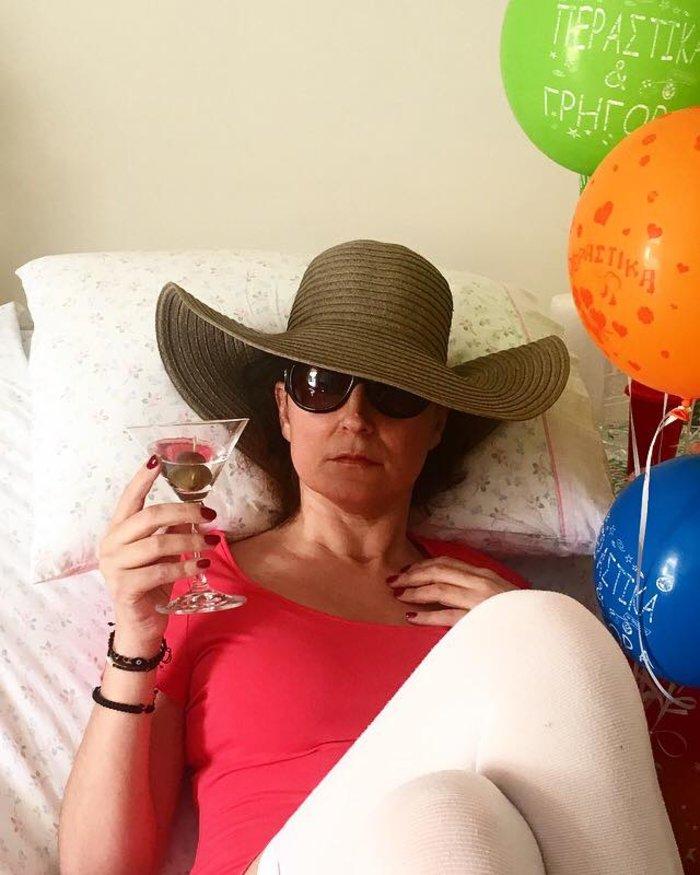 Η μοναδική φωτογραφία που έχει ανεβάσει στο facebook μετά την περιπέτεια της υγείας της