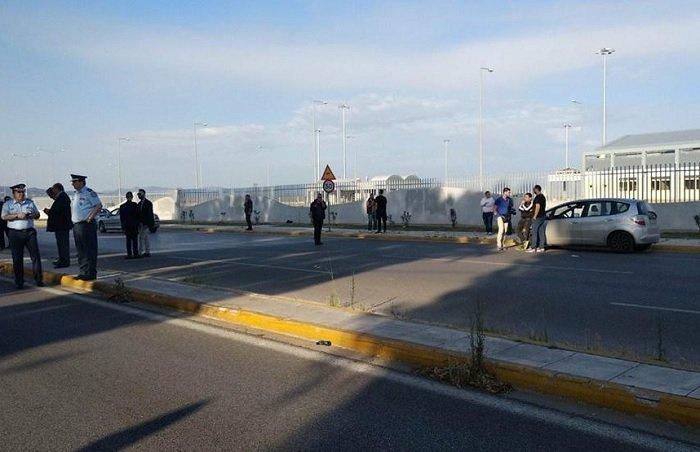 450 αστυνομικοί στο λιμάνι της Πάτρας απομάκρυναν τους μετανάστες (φωτο)