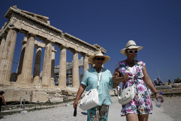 Δύο δισ. ευρώ δαπάνησαν οι τουρίστες 3ης ηλικίας στην Ελλάδα - εικόνα 2