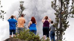 Το ηφαίστειο Κιλαουέα εκτοξεύει τέφρα στα 9.000 μέτρα