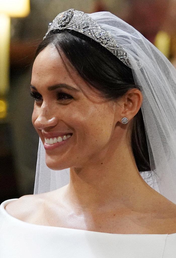 Πανέμορφη νύφη η 36χρονη Μέγκαν Μαρκλ - Η συγκίνηση και τα δάκρυα του Χάρι - εικόνα 15