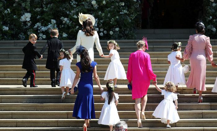 Τζορτζ και Σαρλοτ: Πώς η χαριτωμένη πριγκίπισσα ξετρέλανε και πάλι τα πλήθη