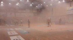 Σοβαρά επεισόδια σε αγώνα μπάσκετ στο Μαρκόπουλο (βίντεο)
