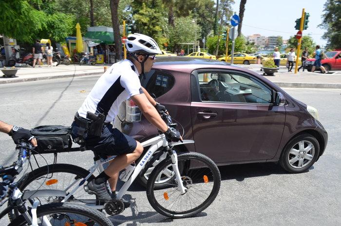Αστυνομικοί με ποδήλατα σε Χίο και Μυτιλήνη