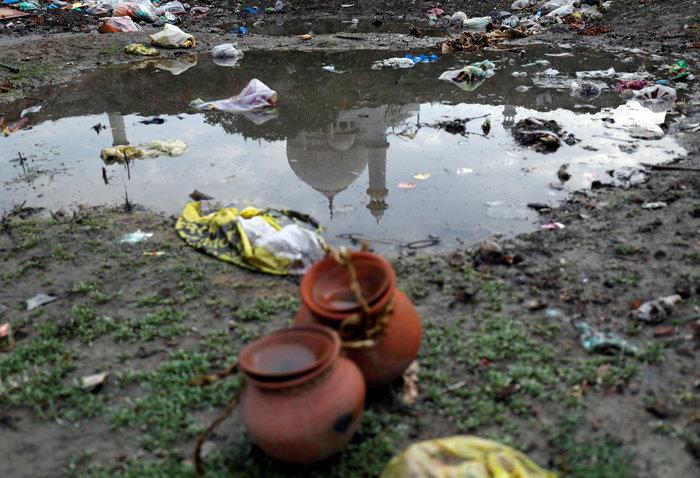 Το Ταζ Μαχάλ χρωματίζεται... πράσινο από τη ρύπανση - Εικόνες - εικόνα 2