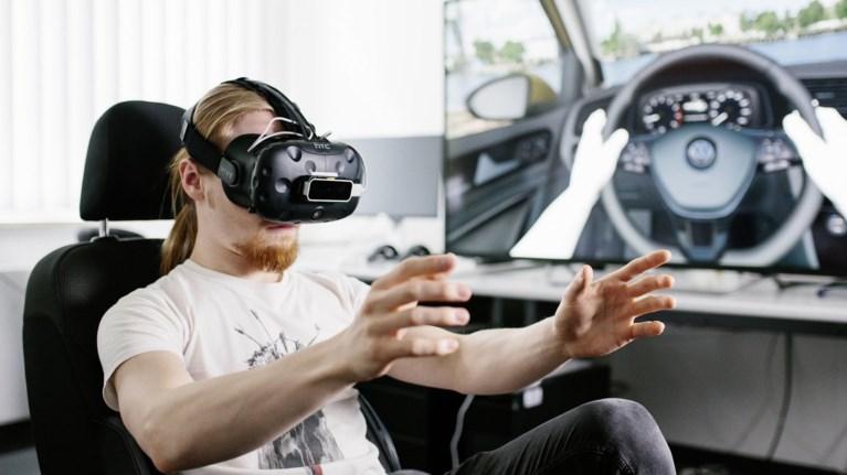 eidikos-se-vr-gia-video-games-sxediazei-ta-epomena-volkswagen