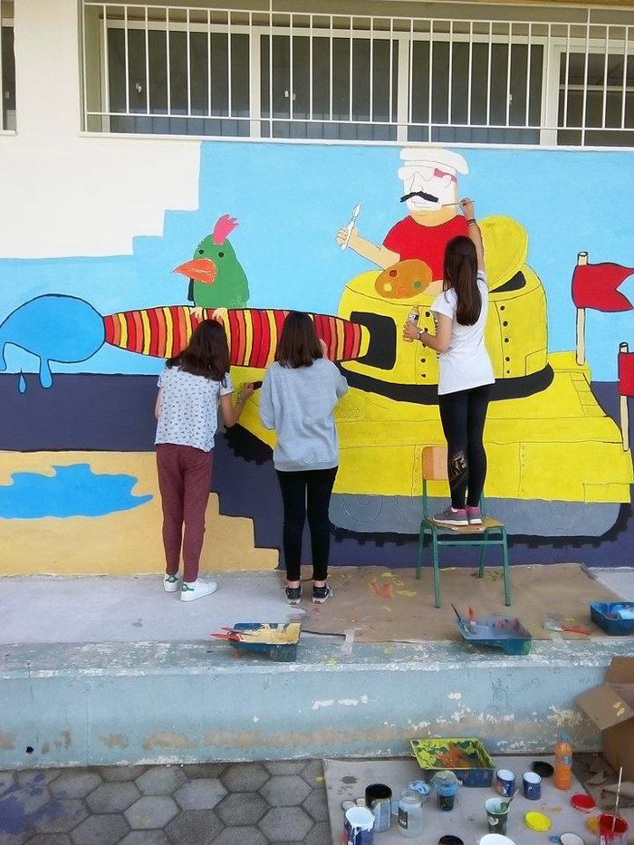 Θεσσαλονίκη: Το γκράφιτι μαθητών υπέρ της ειρήνης - εικόνα 3