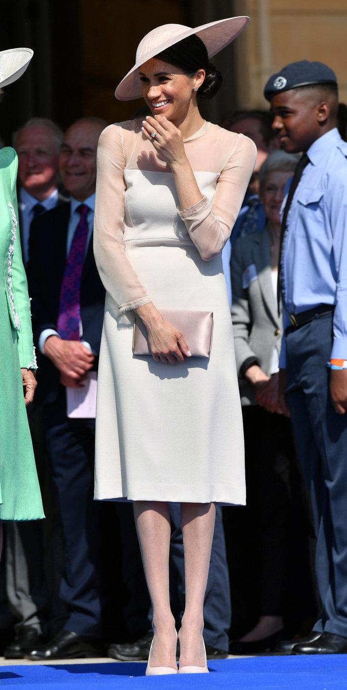 Δύσκολοι καιροί για πριγκίπισσες: Τι επιβάλλει η Ελισάβετ στη Μαρκλ - εικόνα 2