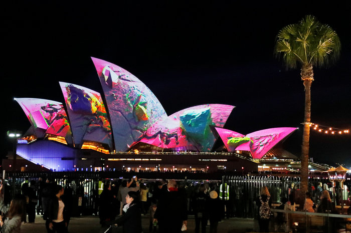 Vivid Sydney: Λαμπερό «πάρτι» φωτός στη φημισμένη όπερα της Αυστραλίας - εικόνα 7