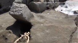 Πομπηία: Ο άνδρας που γλίτωσε από την έκρηξη αλλά αποκεφαλίστηκε από βράχο